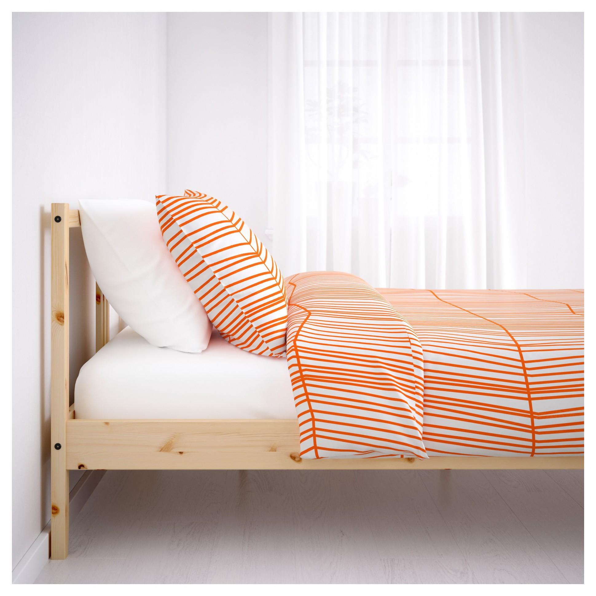 Postele 140X200 Ikea