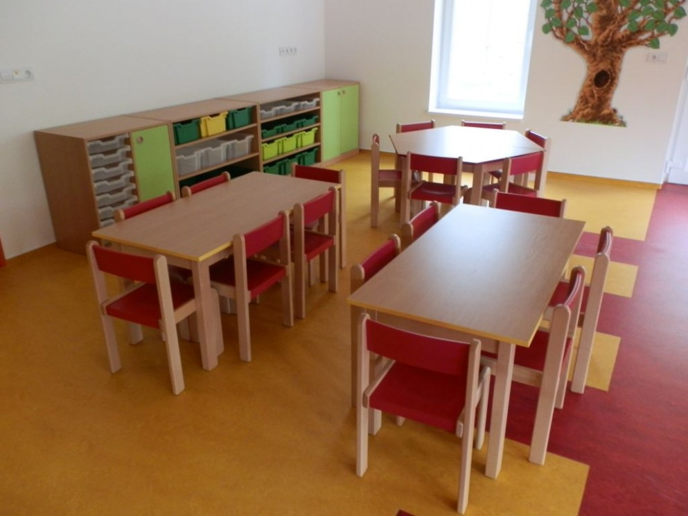 Školní nábytek KECIP s.r.o. - Mateřská škola Karlovy Vary - Dalovice