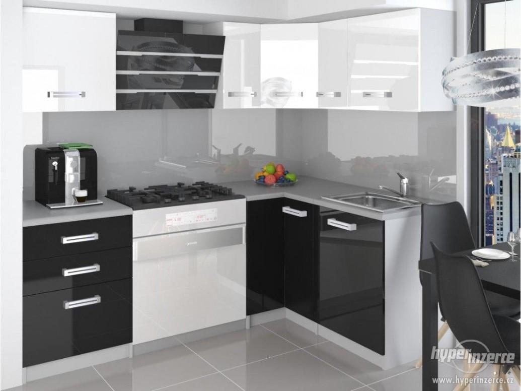 Kuchyňská linka Wiss - rohová 77cm - Kutná Hora, inzerce, prodám