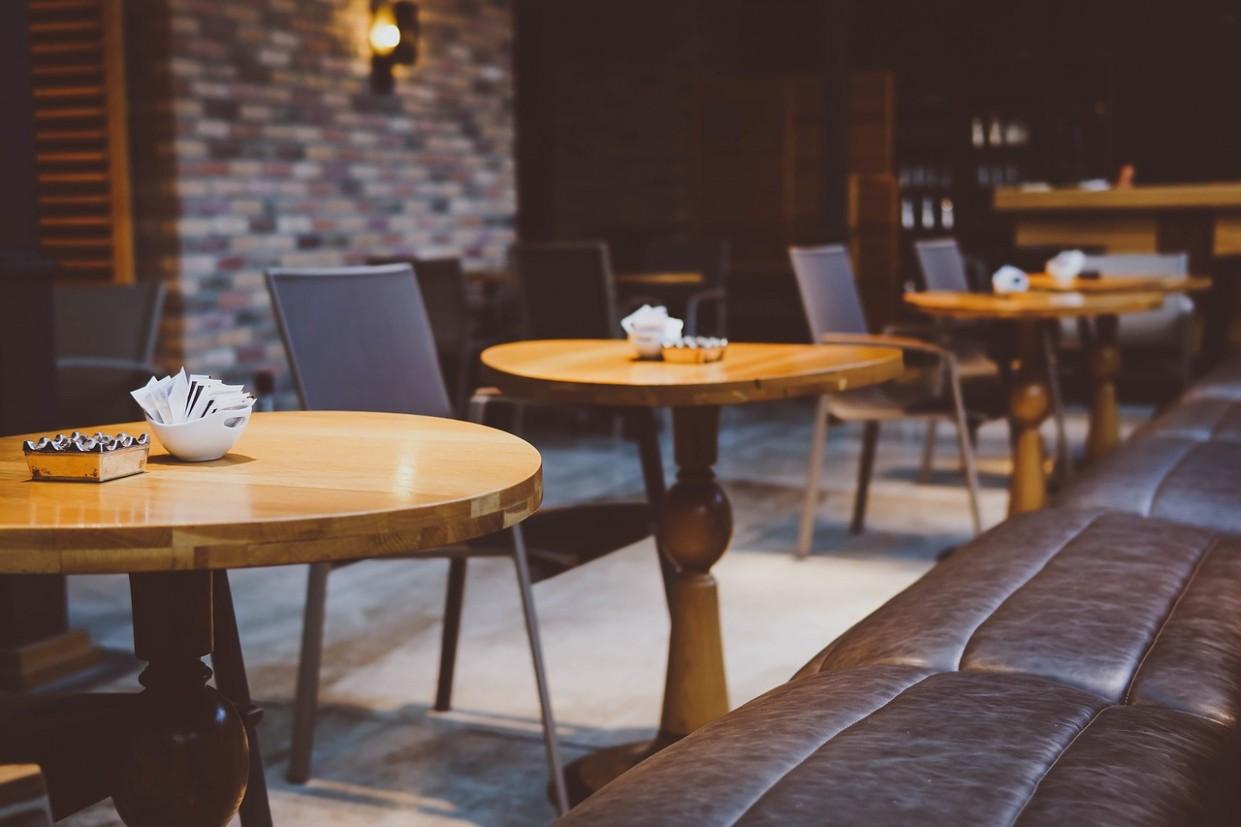 Nábytek pro hotely a restaurace Praha | Truhlářství Matefi