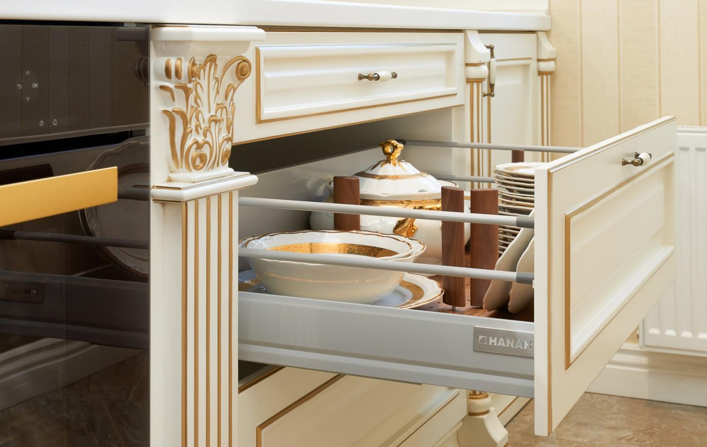 Rustic ROYAL kitchen – HANÁK NÁBYTEK | Kvalitní kuchyně, nábytek a ...