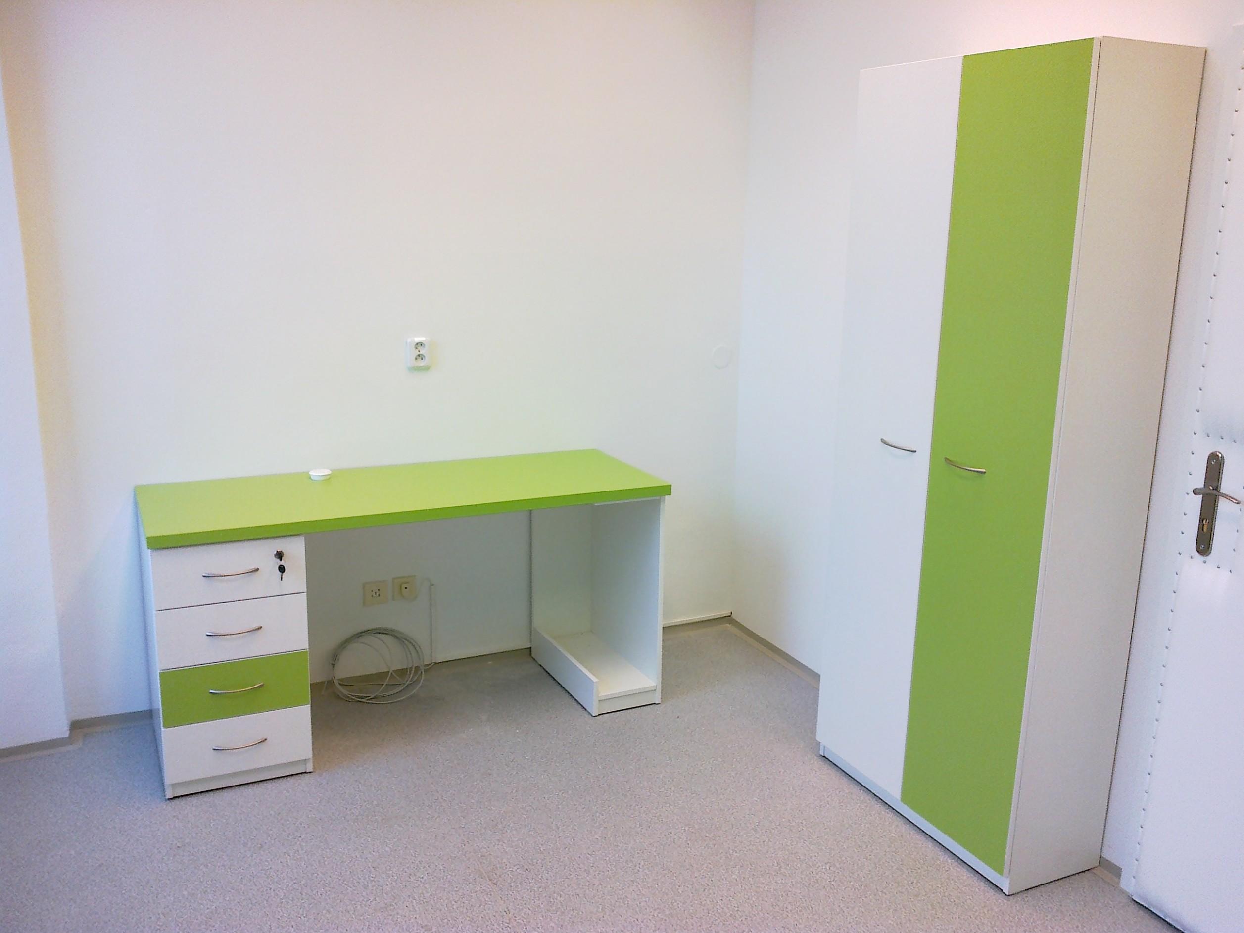 Nábytek do ordinací z lamina na míru | Zakázková výroba nábytku z ...