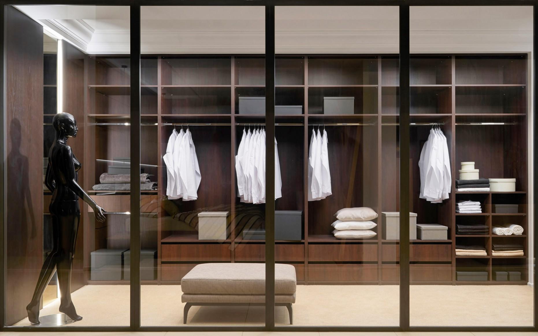 Šatny a skříně | HANÁK - Moderní šatní skříně a šatny - Vnitrní Vybavení Skríní