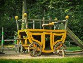 Coach, Playground, Wood, Play, Children - Detské Hodiny