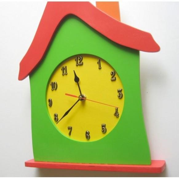 Detské drevené hodiny Dom - Červená. Bambulin.sk - hračky ...