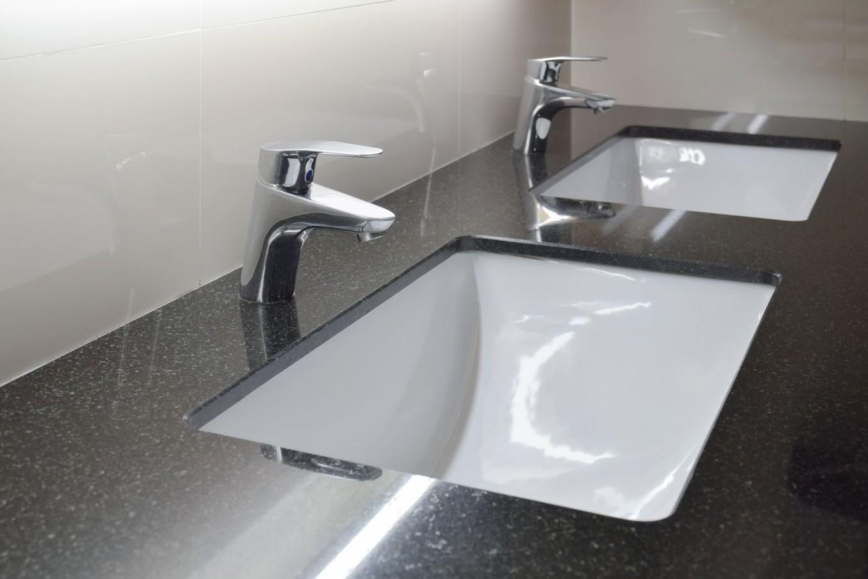Koupelnové desky z přírodního kamene - Deska Pod Umyvadlo
