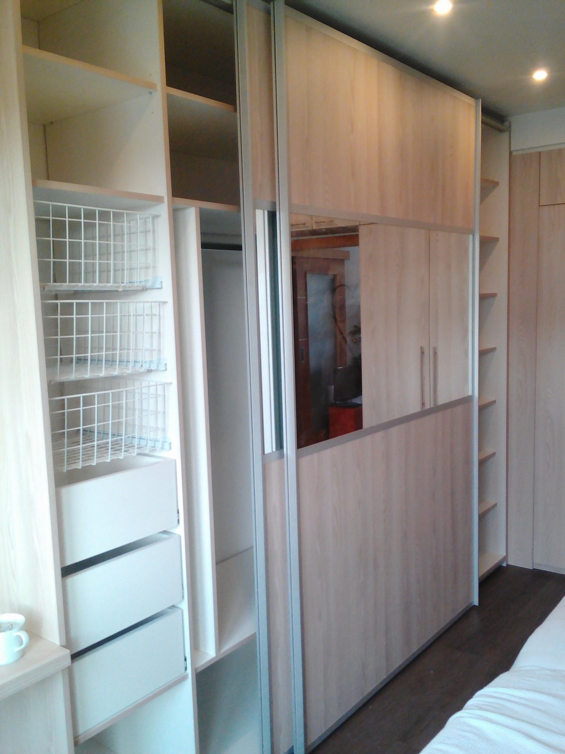 Vestavěné skříně Brno - výroba vestavných skříní | Mareček - Vnitrní Vybavení Skríní