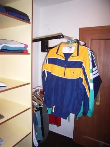 Výroba a vnitřní vybavení vestavěných skříní - Nábytek ..