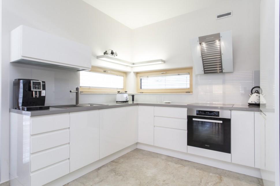 Bílá kuchyň: symbol čistoty a elegance, který se nikdy ...