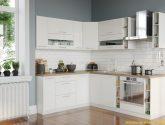 Bílá rohová kuchyně KVĚTA 4x4 cm v lesku