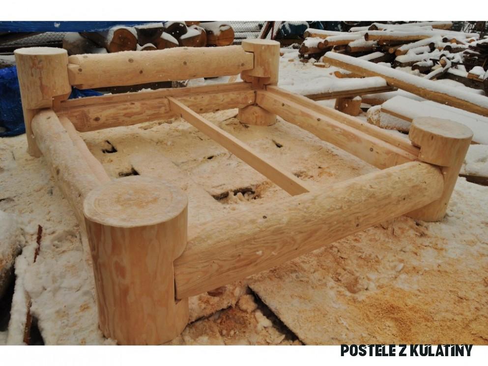 Srubová postel z kulatiny