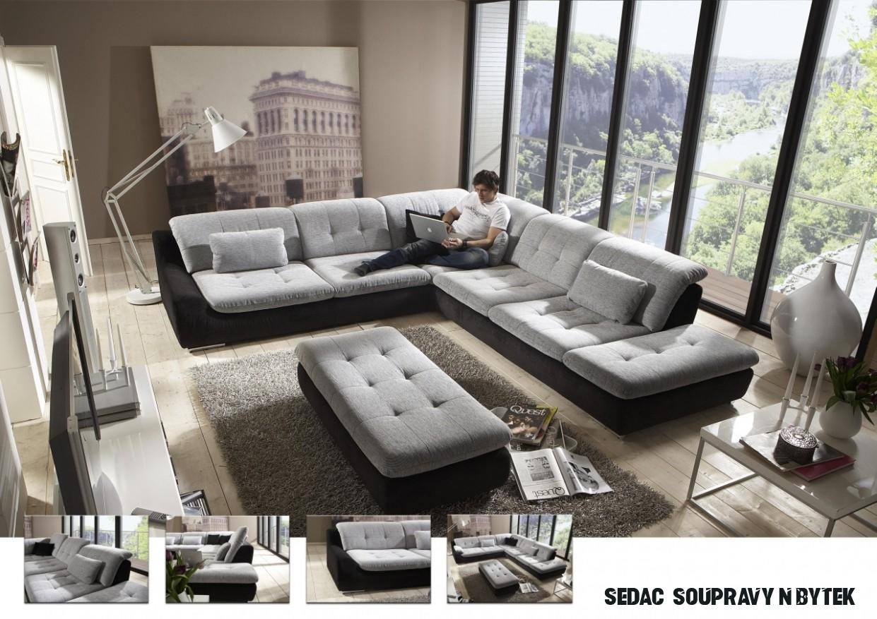 Dopřejte si v obývacím pokoji pohodlí na velké sedací soupravě