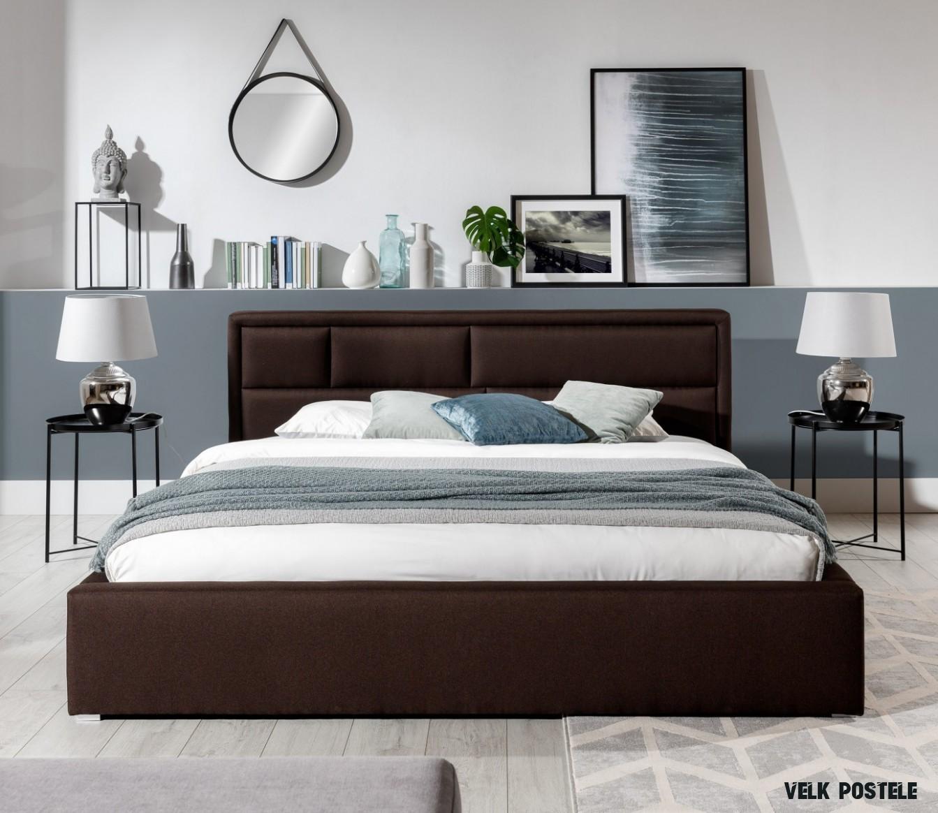 Velká manželská postel Lola 8x8 cm