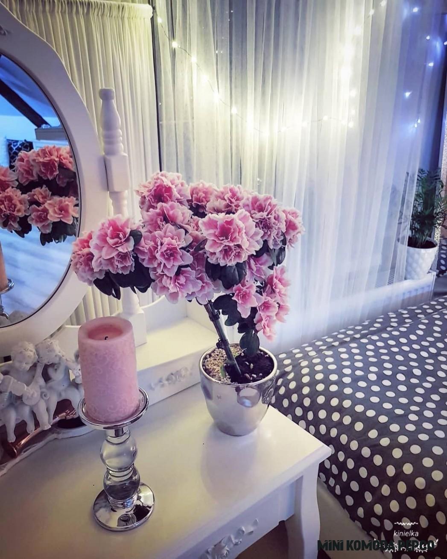 Bedroom dressingtable flower decoration home decor spring ikea