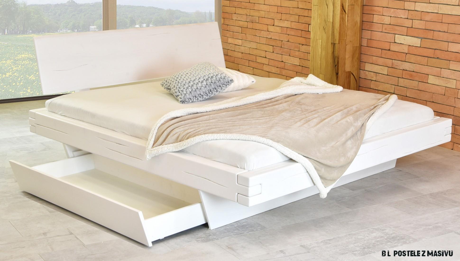 Bílá postel z masivu s úložným prostorem, Matus - Nábytek Mirek