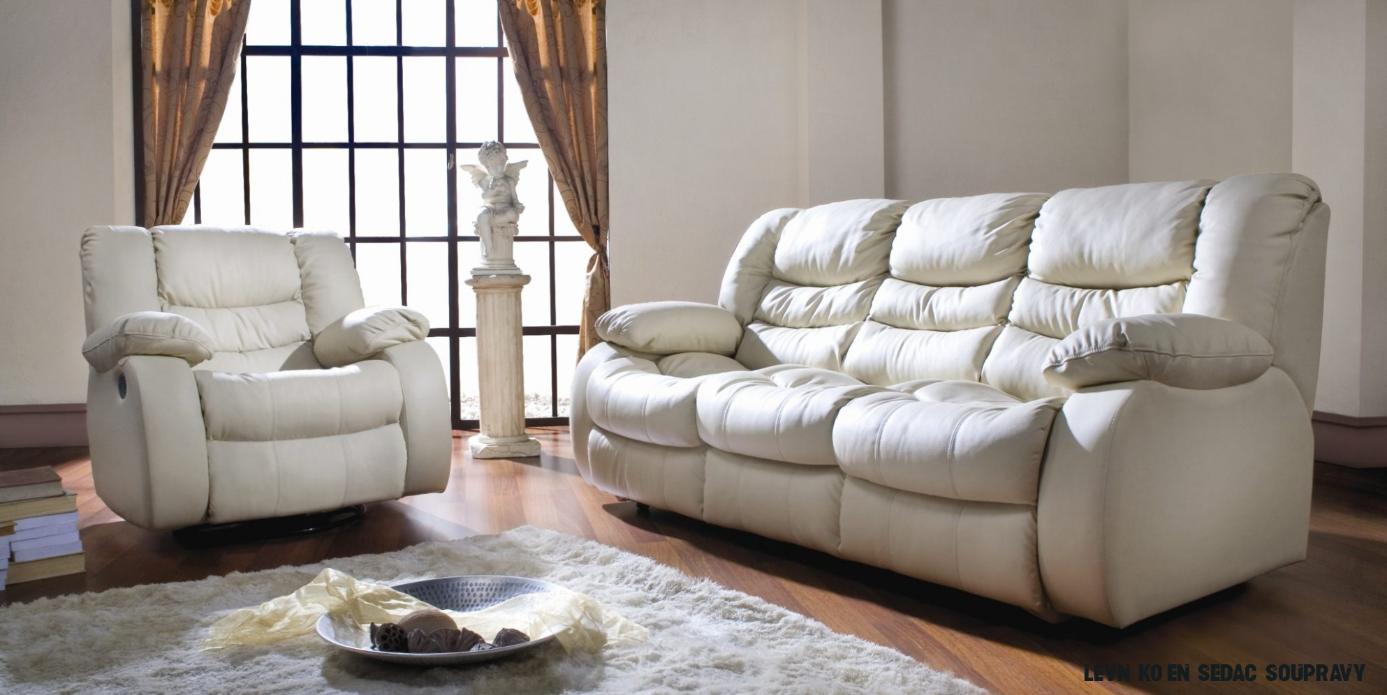 Moderní kožená sedací souprava s relaxem REGAN 188+188+18