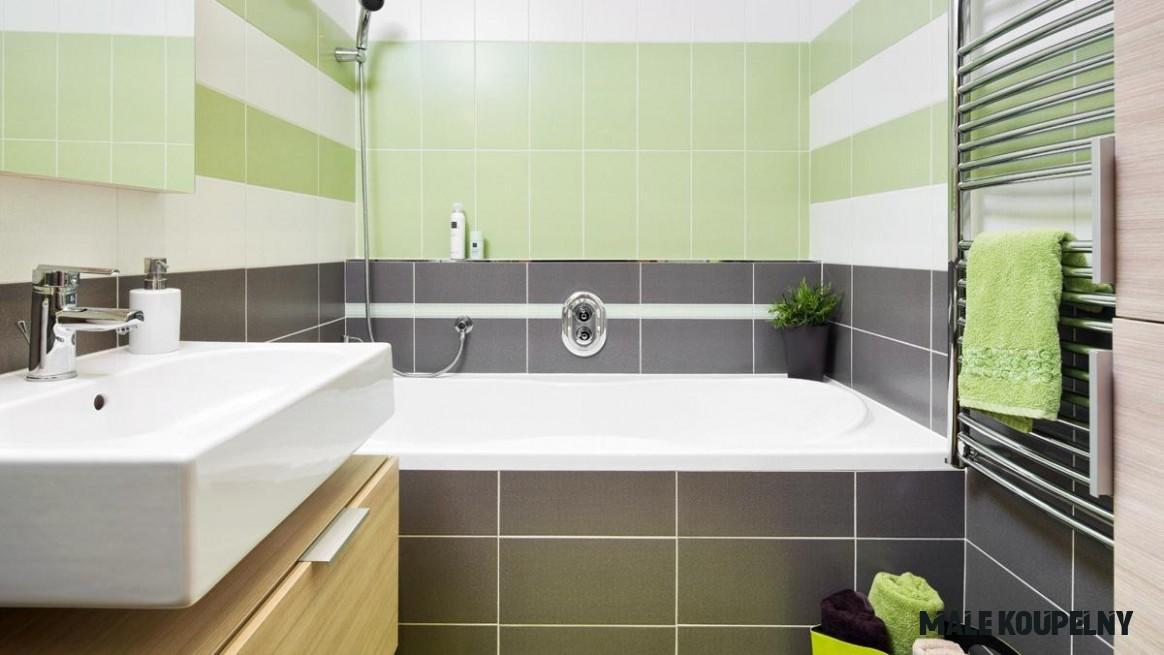 Malá koupelna: Tužka, metr a spousta fantazie  Dům a zahrada