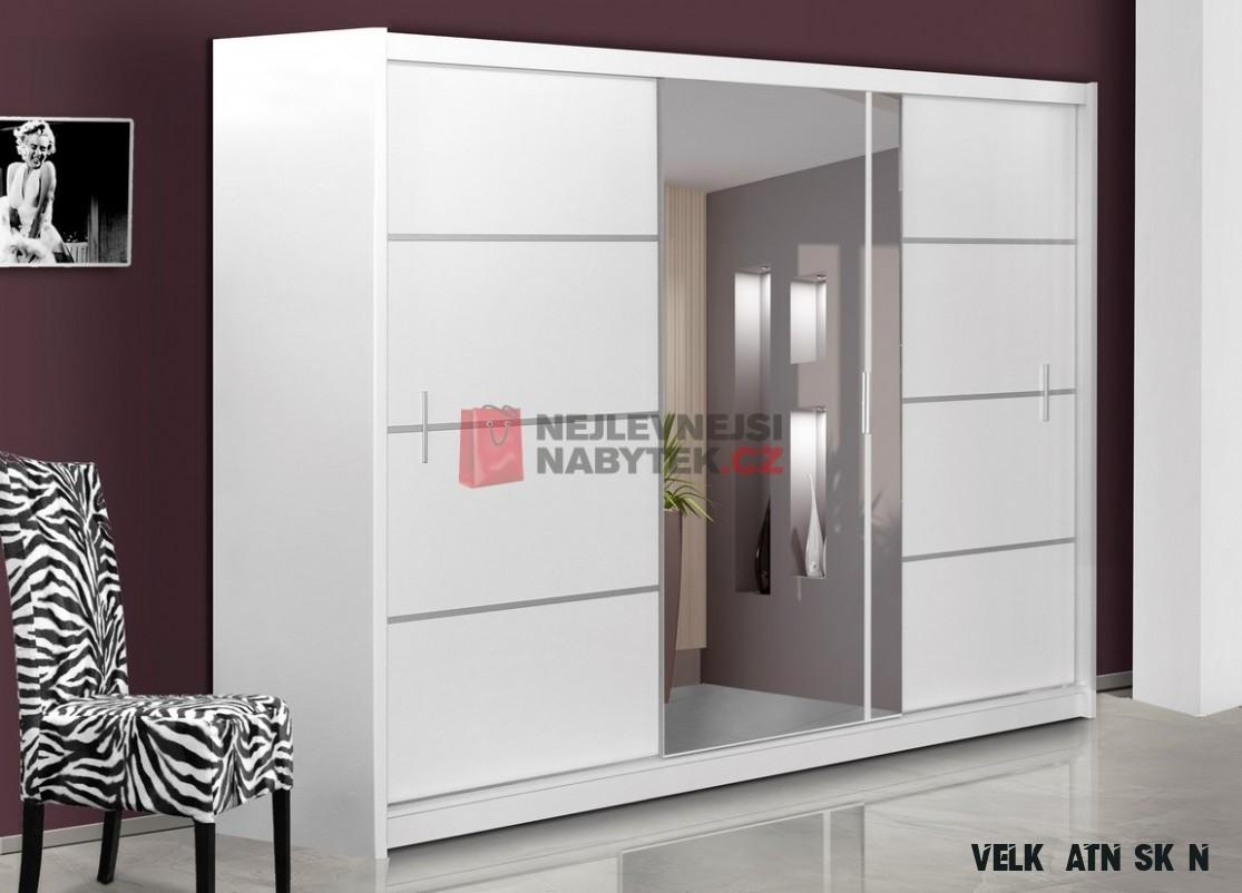 Šatní skříň s posuvnými dveřmi SARON 13, bílá