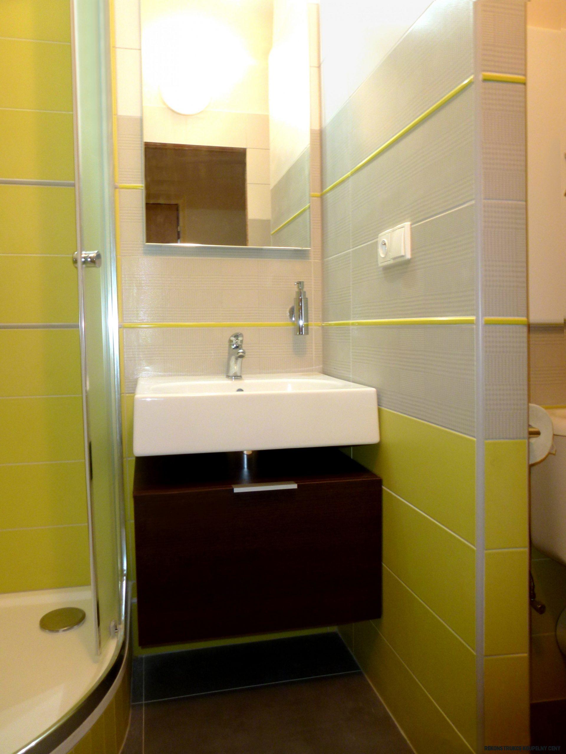 Rekonstrukce koupelny Hradec Králové - zelená koupelna  Koupelny