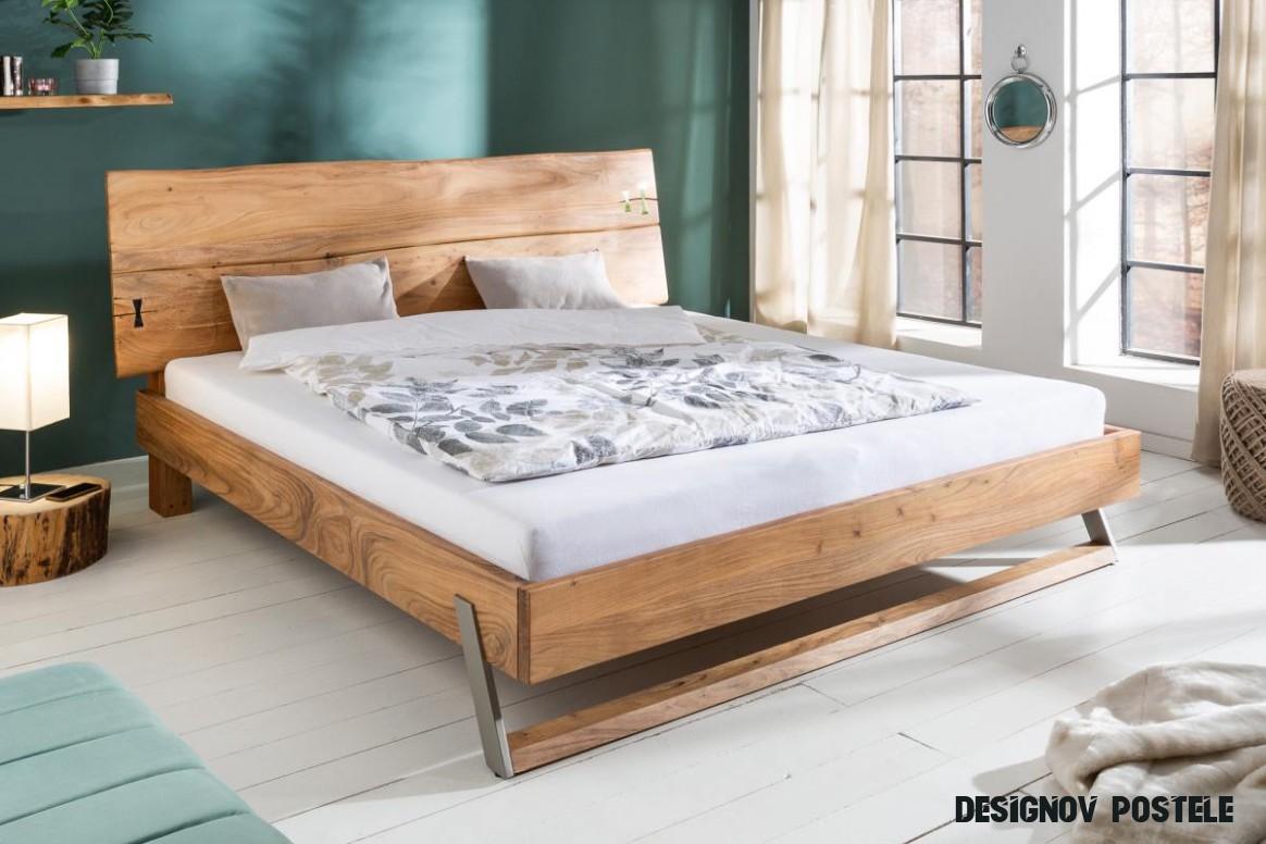 Designová postel Massive 18 x 18 cm akácie