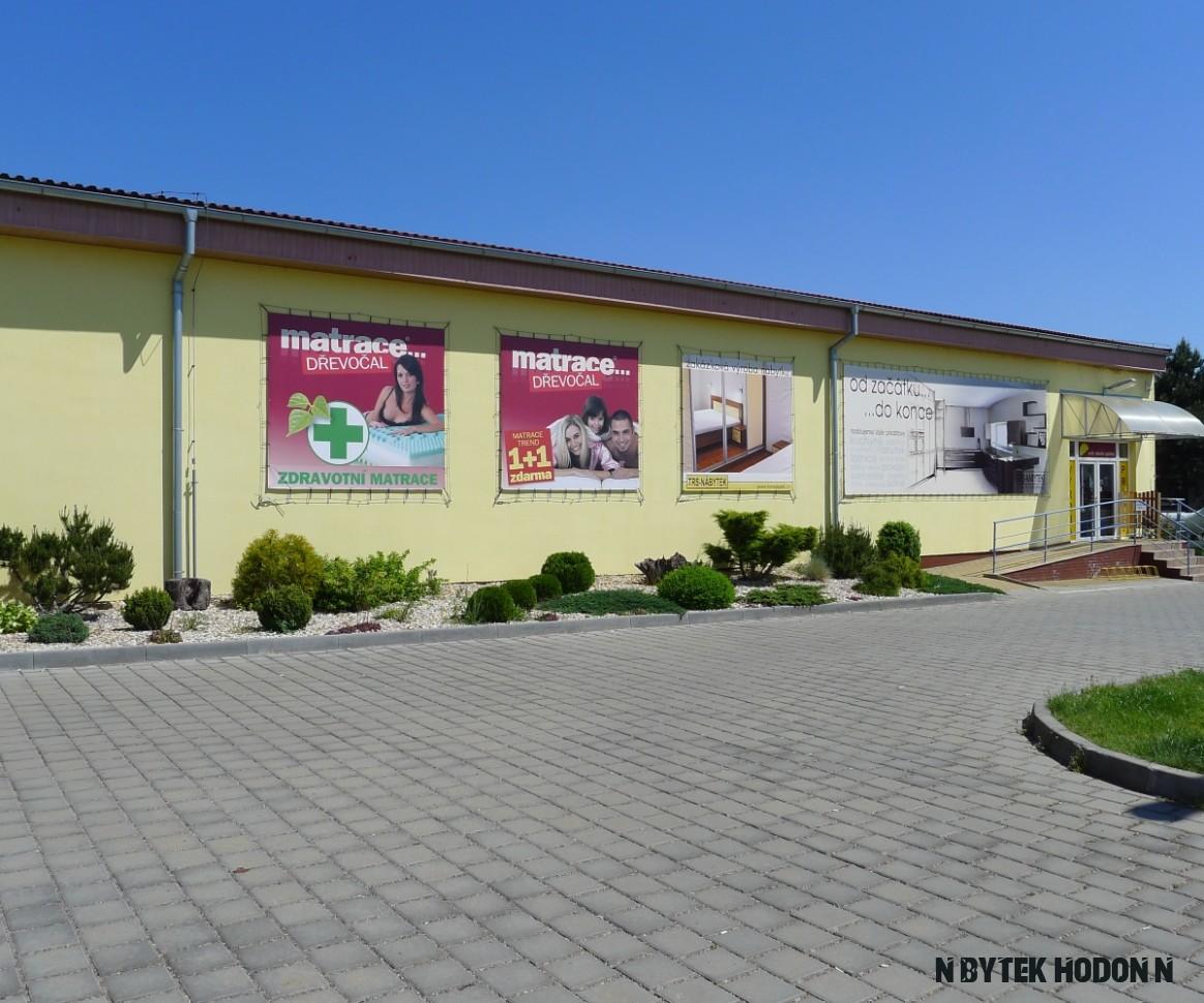 TRS-Nábytek s.r.o.  DŘEVOČAL