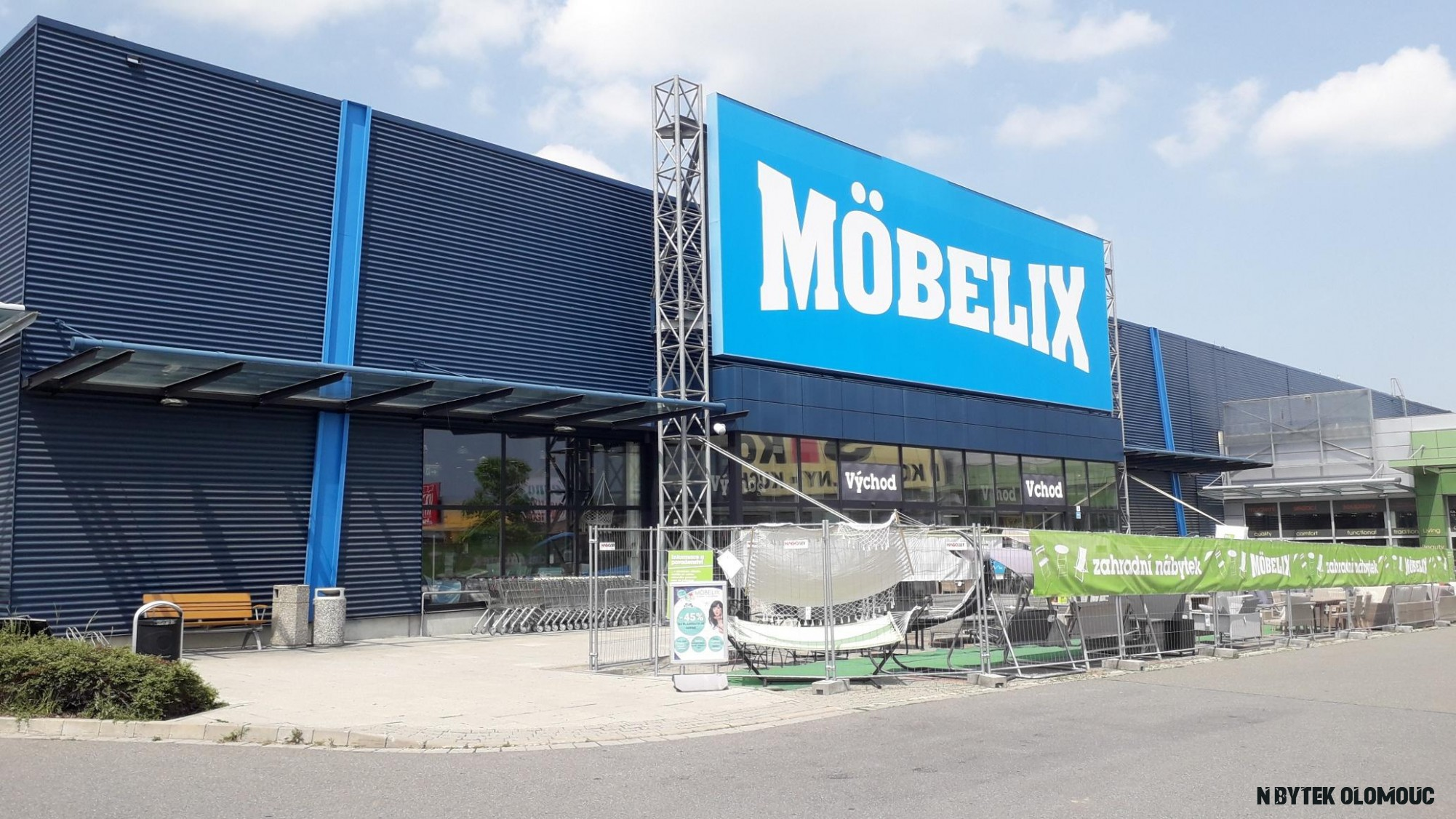 Prodejna nábytku v Olomouci - Möbelix